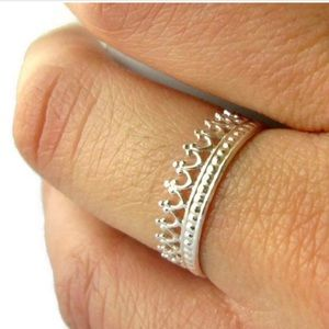 Silver Crown Ring - Size 7.5
